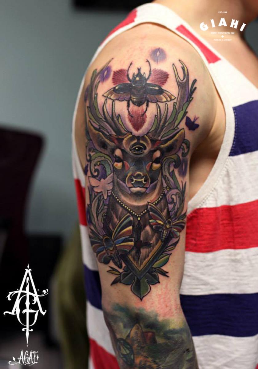 BUg Third Eye Buck Moth tattoo by Agat Artemji