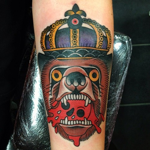 Bear King Old School tattoo by Nick Baldwin