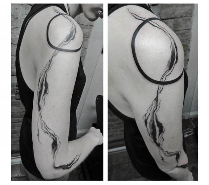 Circle Shoulder and Stripe Blackwork tattoo by Julia Rehme