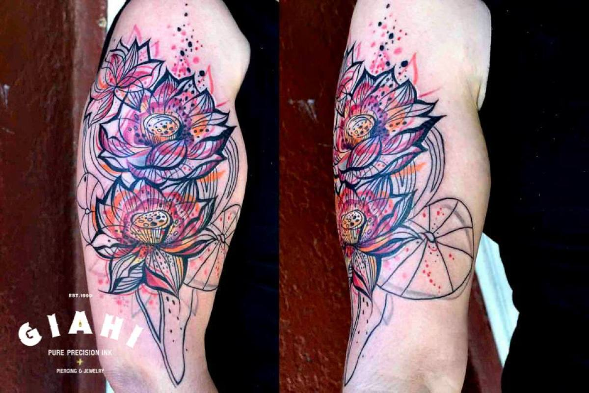 Even Lines Flowers tattoo by Petra Hlavàckovà