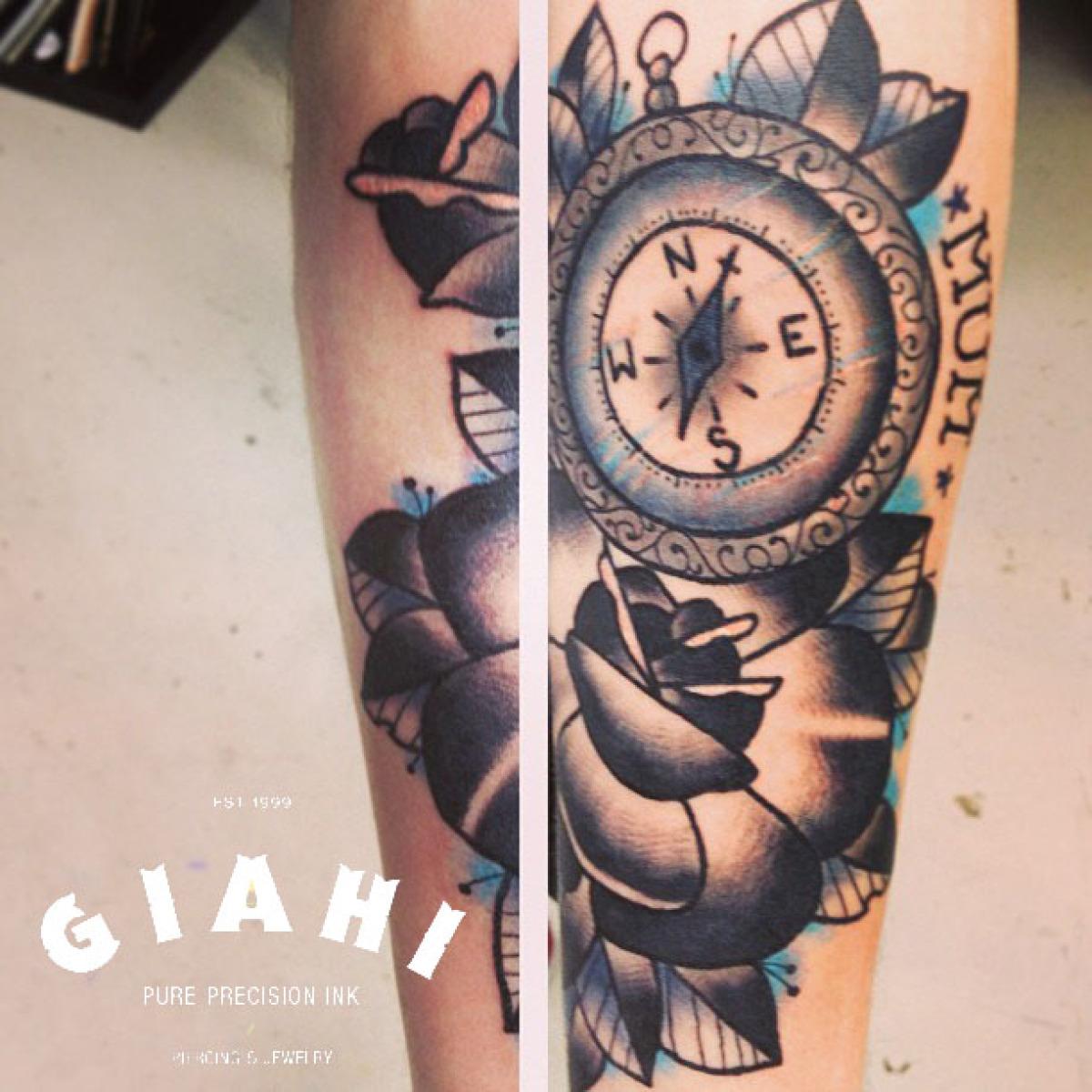 Grey Roses Compass tattoo by Elda Bernardes