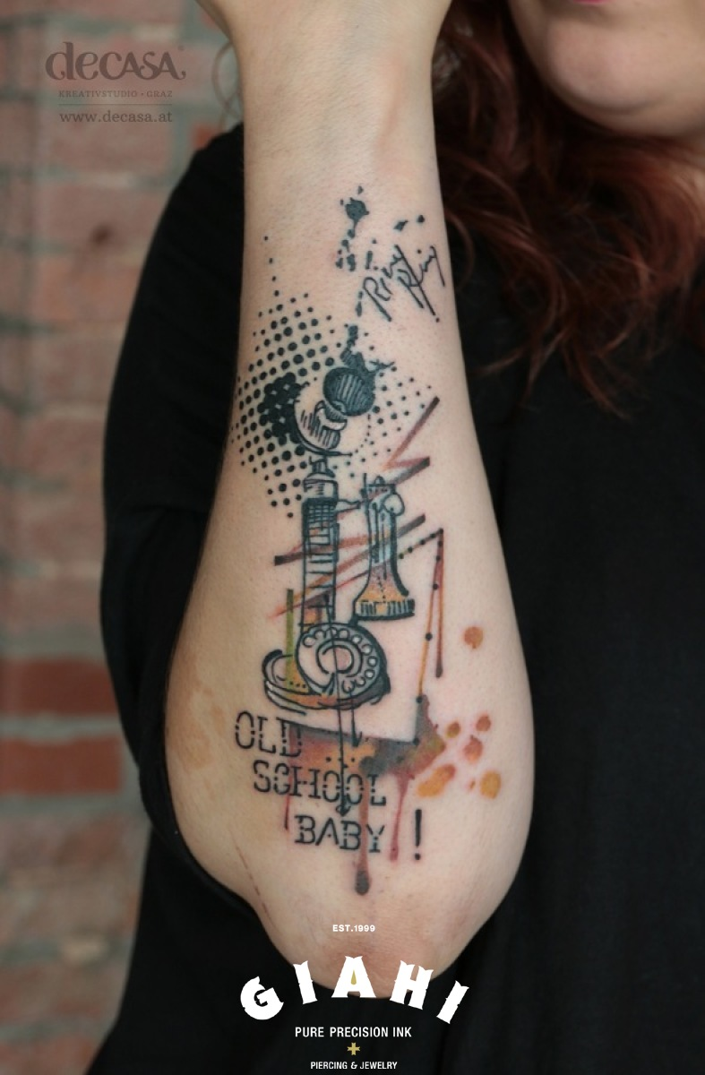 Old School Baby Phone tattoo by Carola Deutsch
