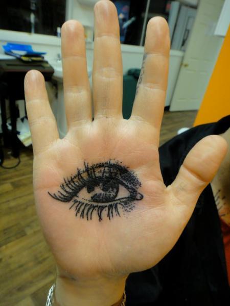 Palm Dark Eye Dotwork tattoo by Xoïl