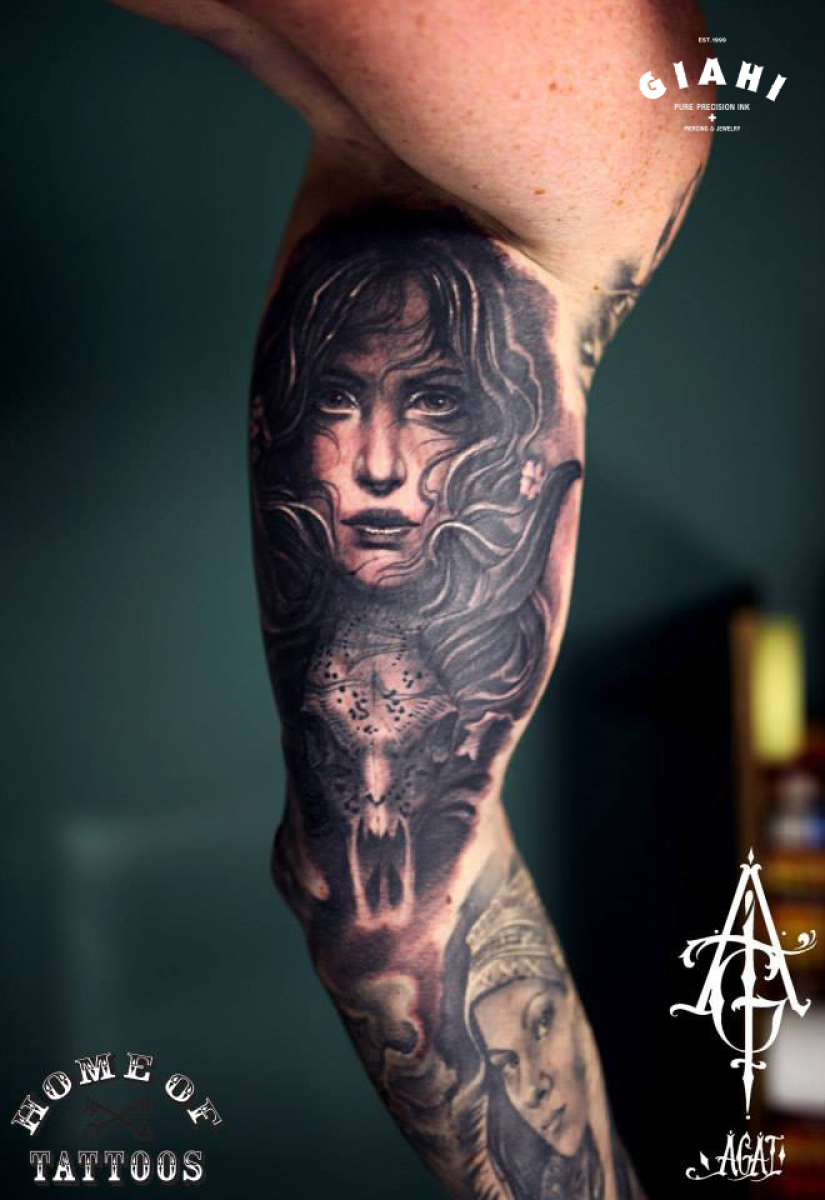 Realistic Girl tattoo by Agat Artemji