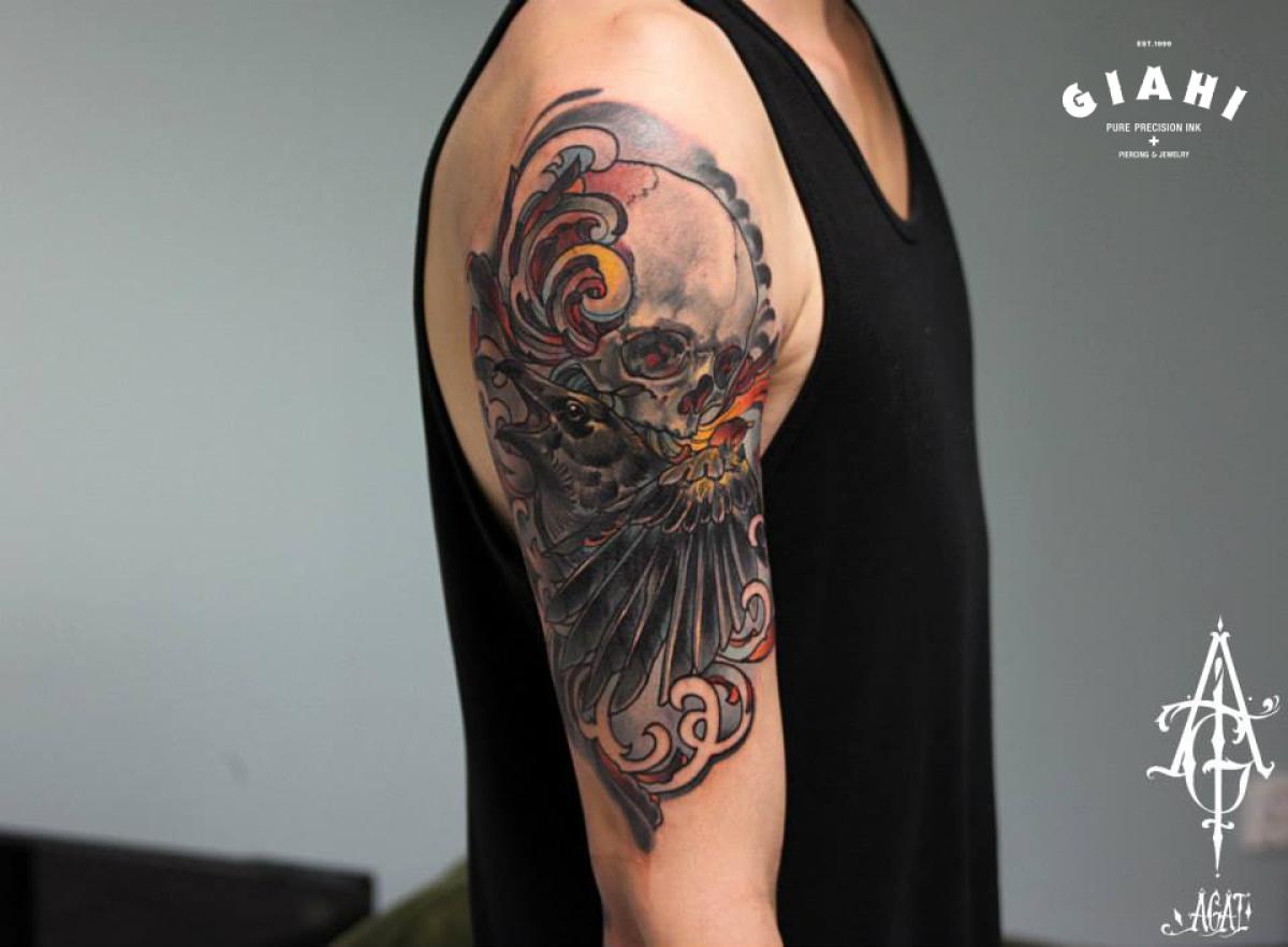 Screaming Raven Skull tattoo by Agat Artemji