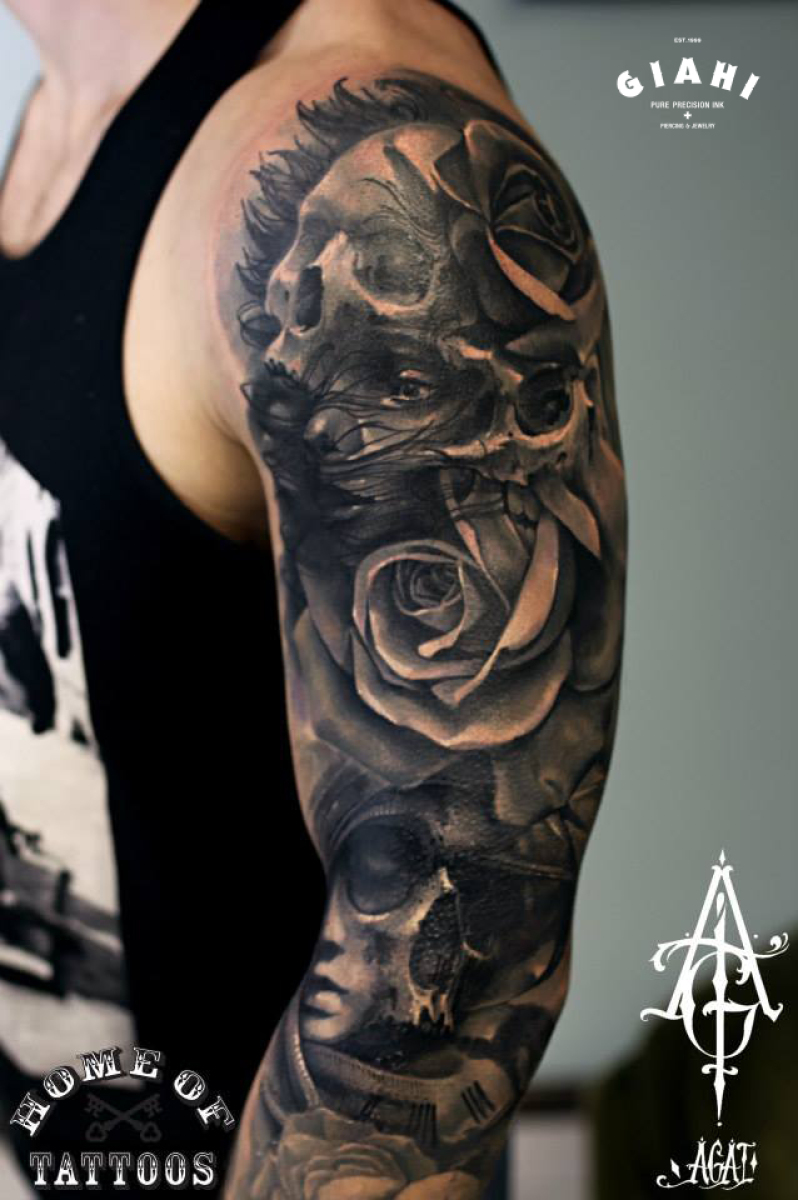 Skulls and Roses Graphic tattoo by Agat Artemji