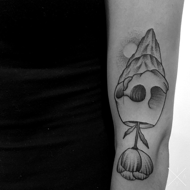 Arm Skull Rock