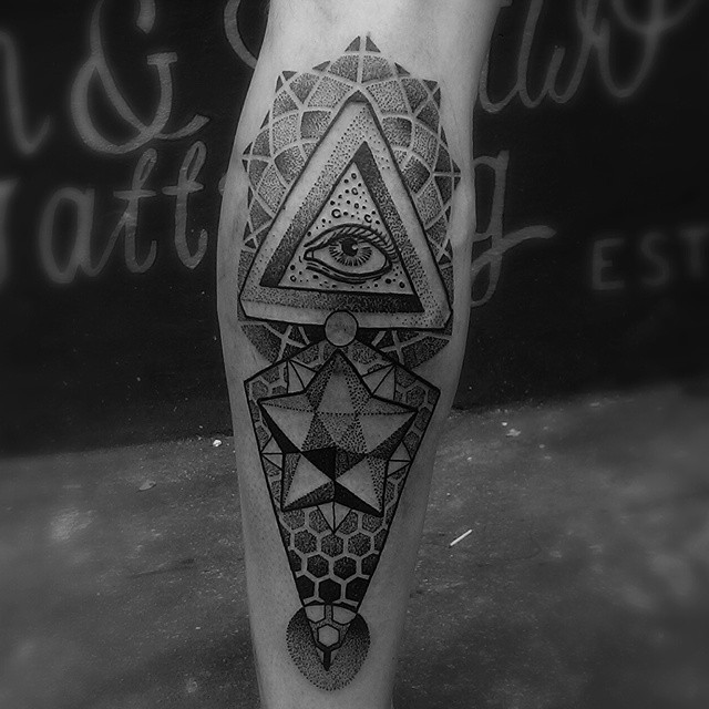 Infinite Geometry Dotwork on Leg