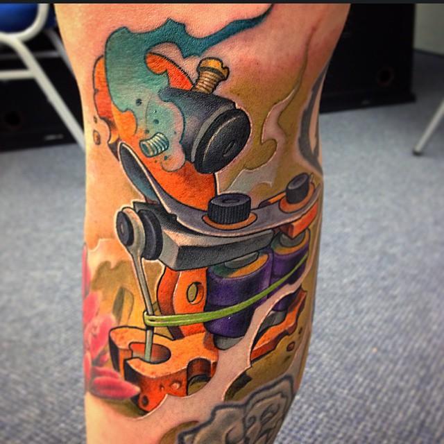New School Tattoo Machine tattoo by Victor Chil