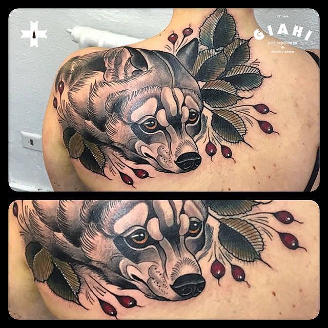 Shoulder Blade Badger tattoo
