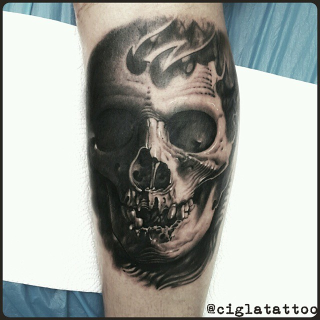 Smiling 3D Skull tattoo