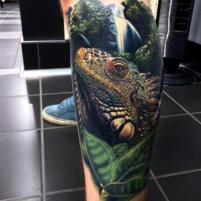 Waterfall Lizard Realistic tattoo