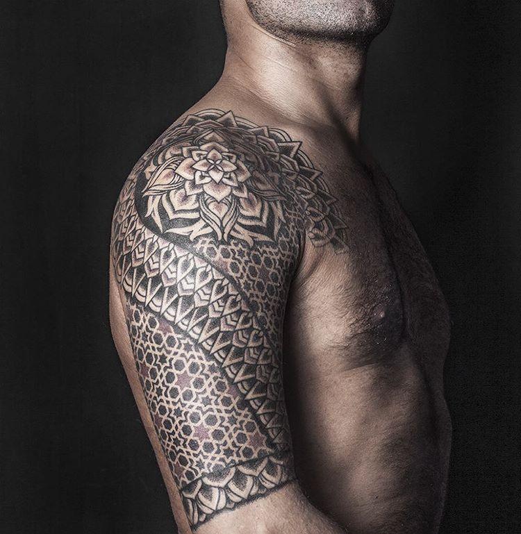 Shoulder Tattoo Patterns