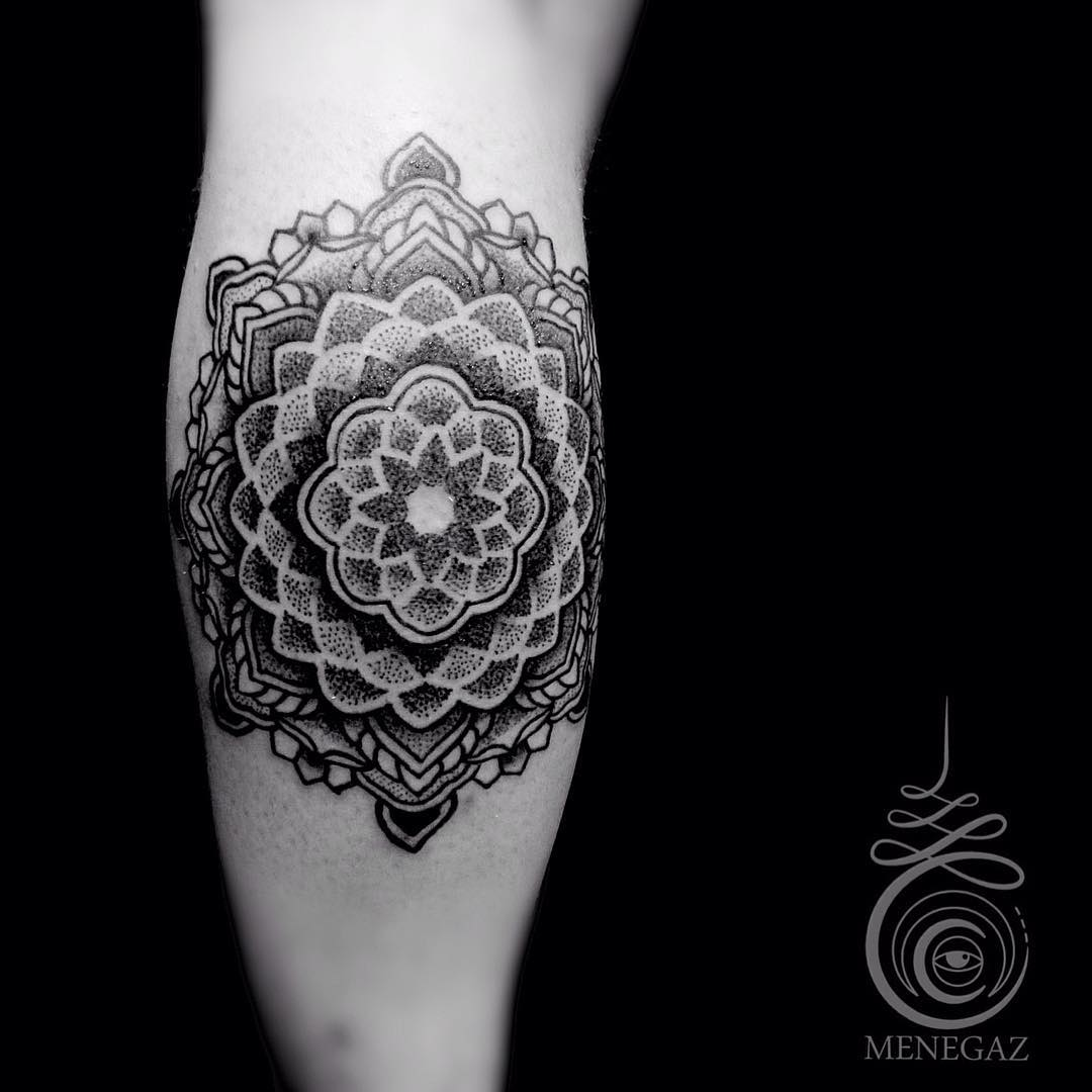 awesome mandala tattoo with a lot of layers