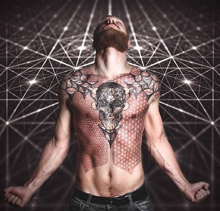 skull body art tattoo
