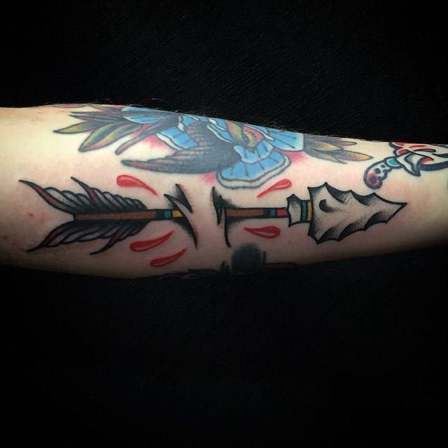 old aroow tattoo unde skin