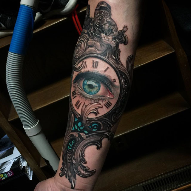 clockface eye tattoo