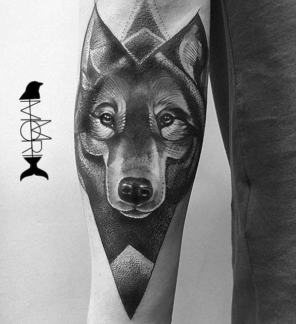 arm wolf tattoo