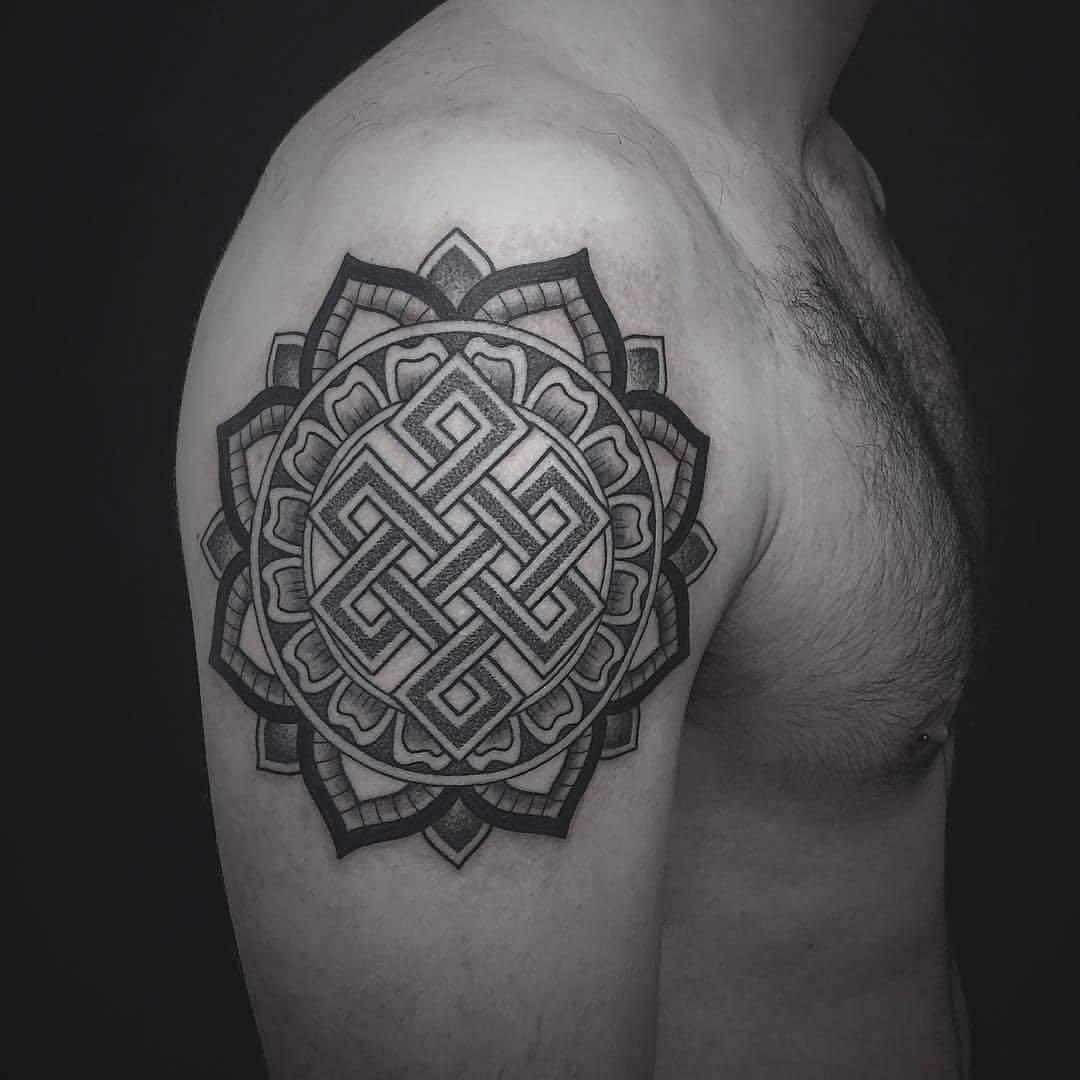 shoulder tattoo endless knot