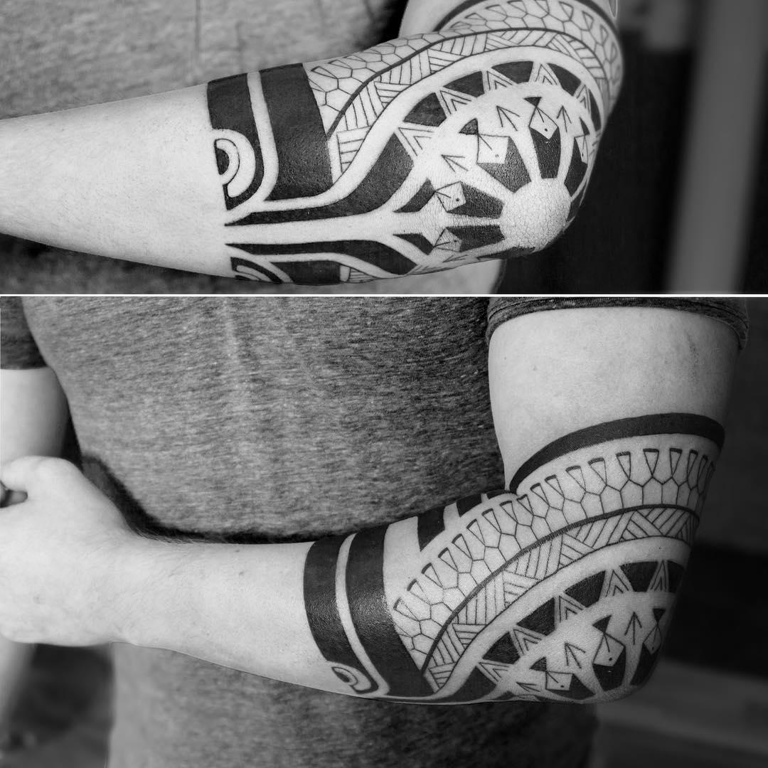 Polynesian Elbow Tattoo by ubik_tattoo