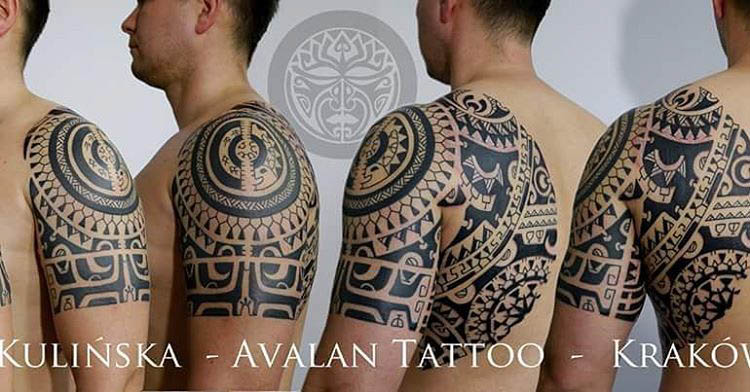 maori tattoo on shoulder