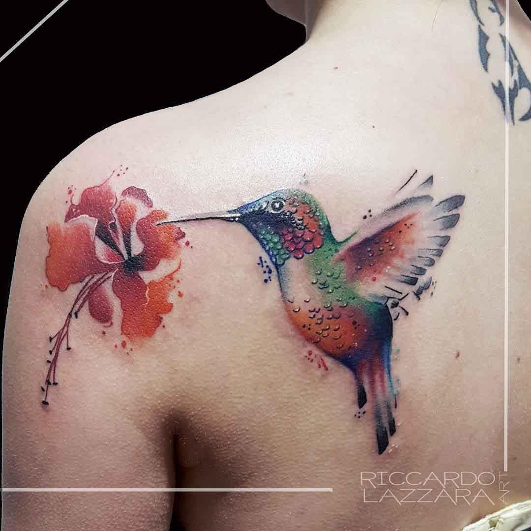 back shoulder tattoo hummingbird and flower