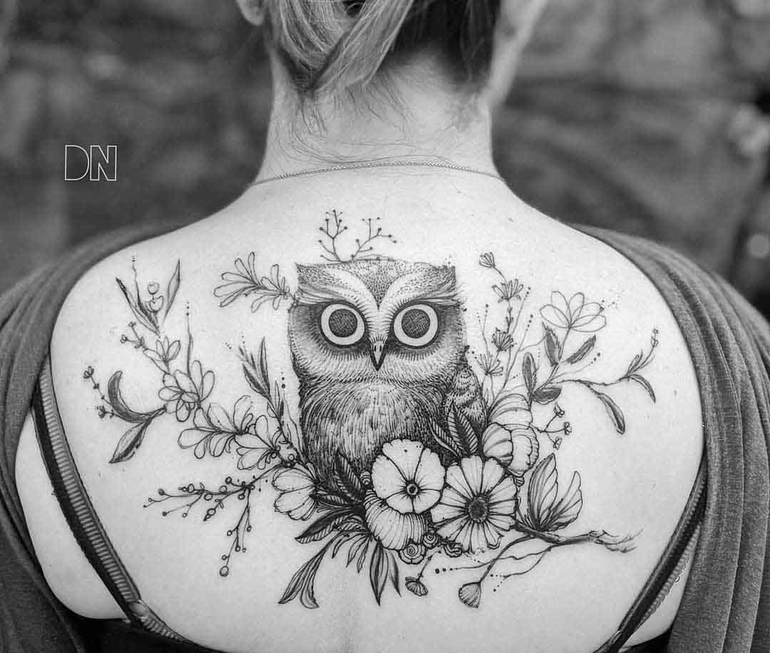 upper back tattoo flowers