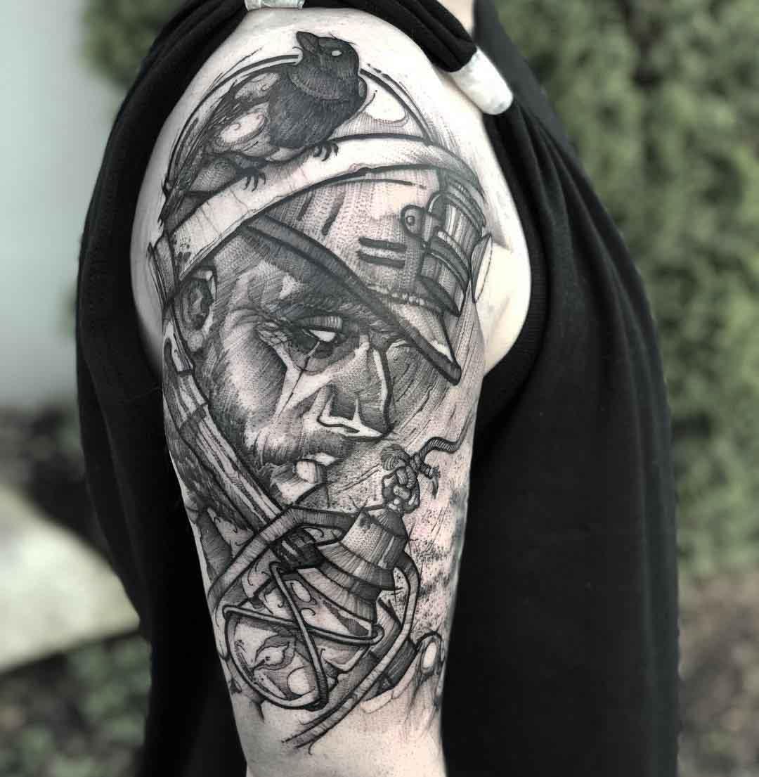 shoulder tattoo captain