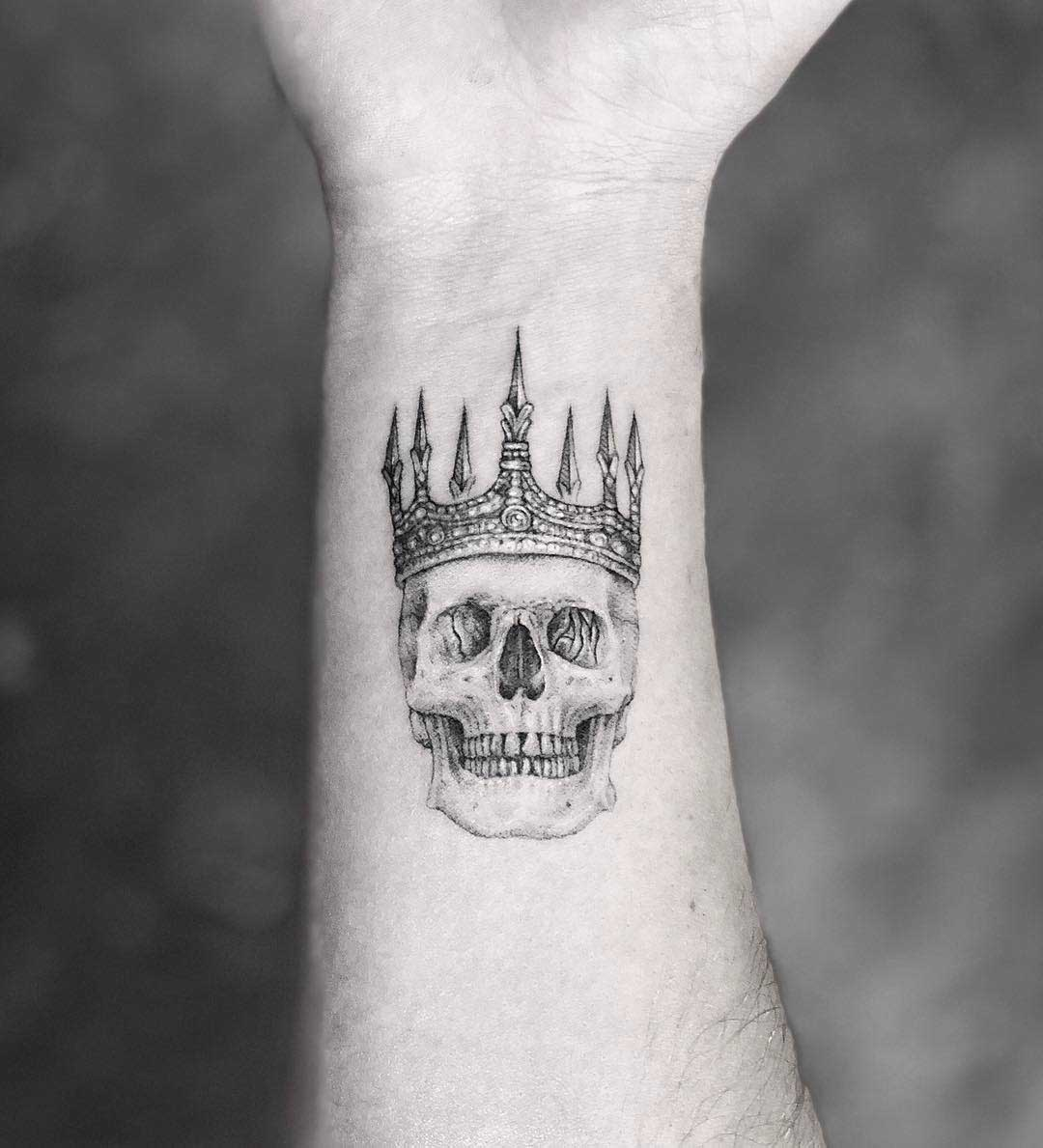 crown skull tattoo
