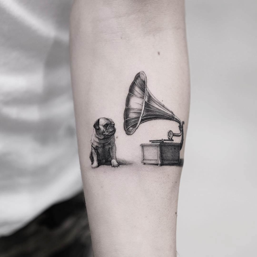 gramophone tattoo dog