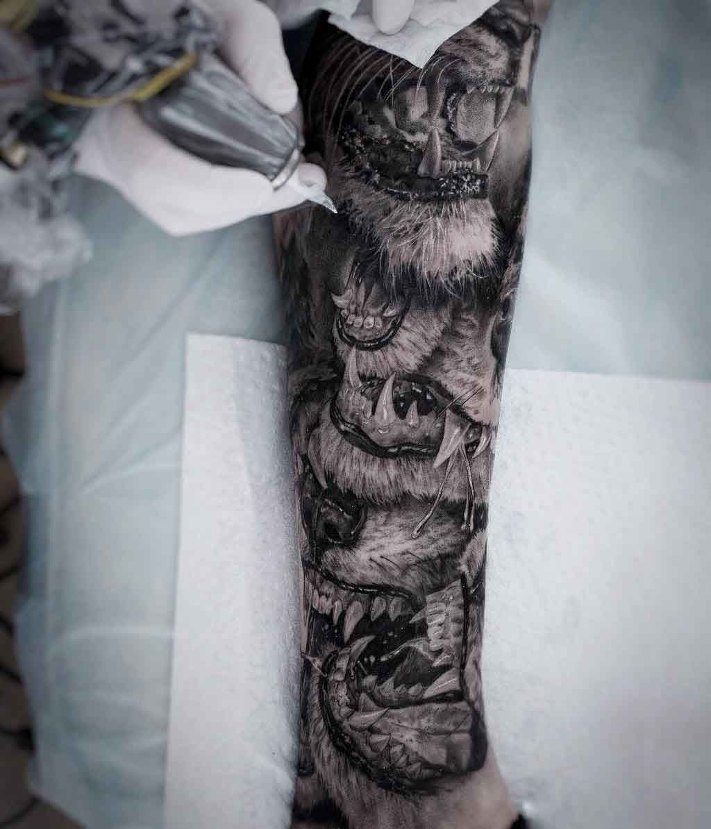 tattoo sleeve lion jaws